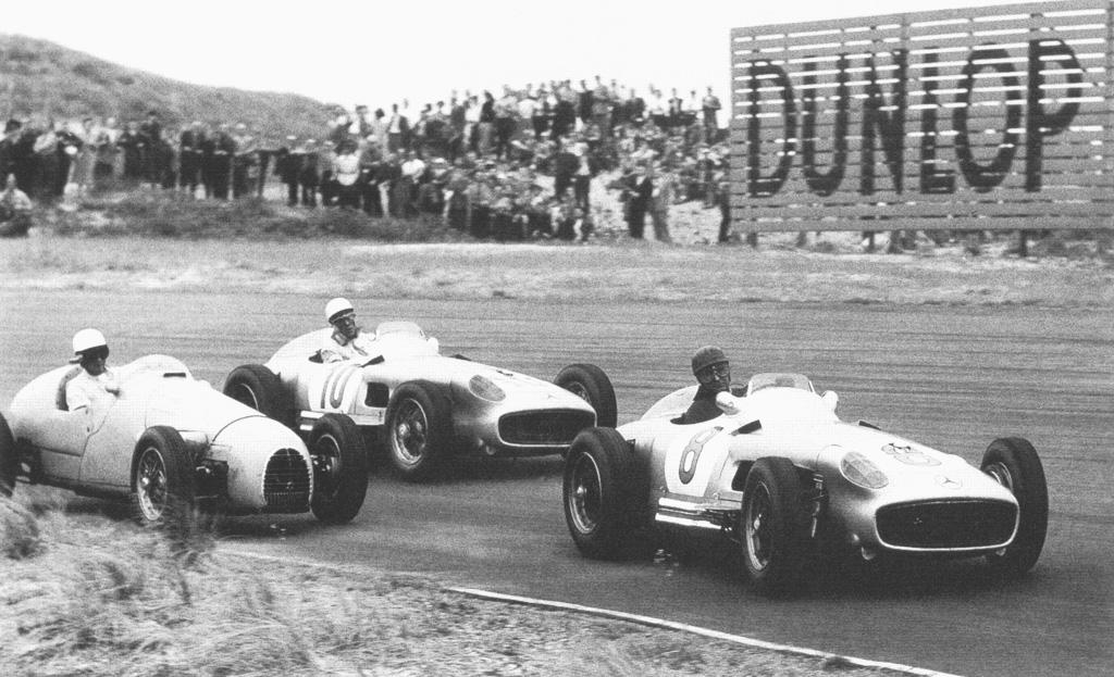 55 SP Fangio, Moss, Hermano DUT01