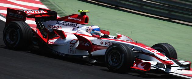 Anthony_Davidson_2007_Brazil_free_practice