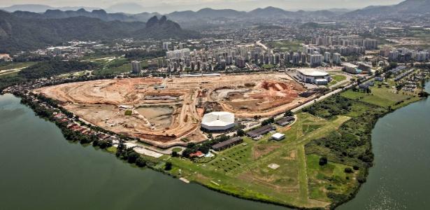 12abr2013---antigo-autodromo-de-jacarepagua-da-espaco-a-obras-do-parque-olimpico-da-rio-2016-1369180898372_615x300