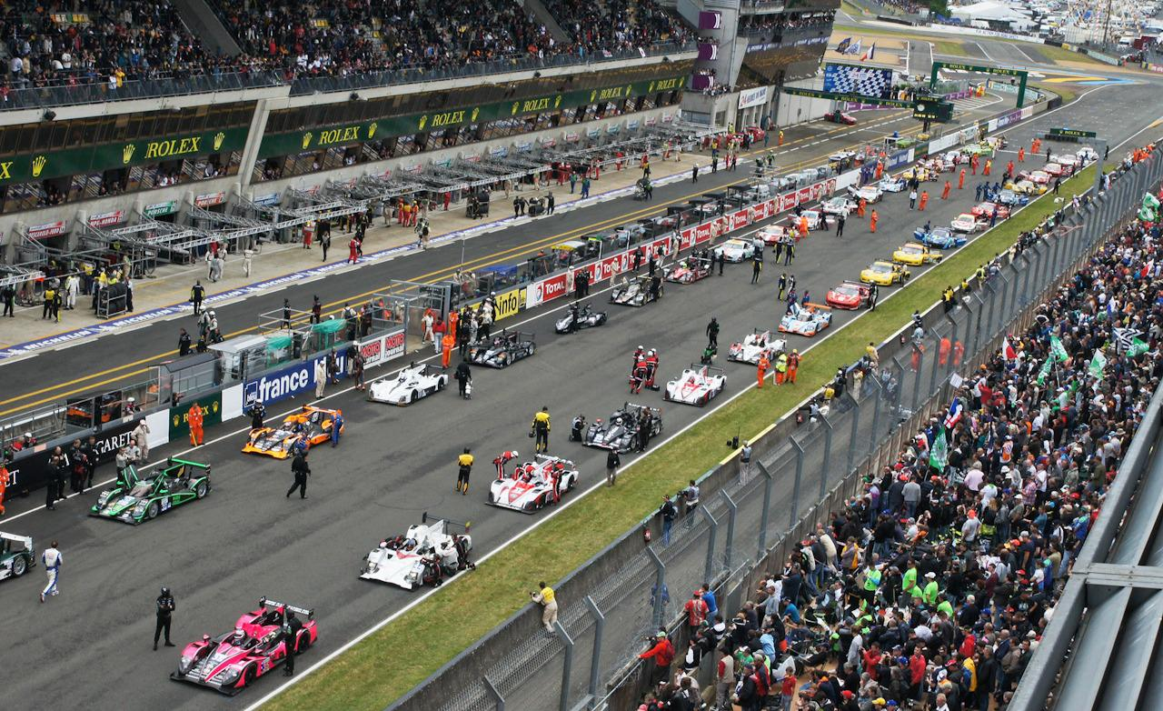 start-of-le-mans-2012-three-minutes-to-go-photo-461702-s-1280x782