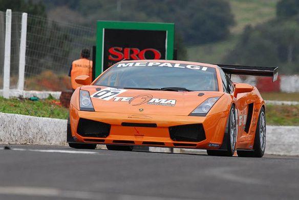 Lamborghini Gallardo de Boni e Feldmann tem se mostrado candidato a vitoria no fim de semana