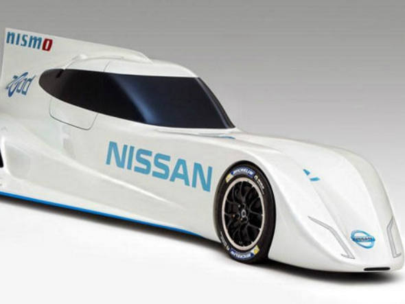 size_590_O_Nissan_ZEOD_RC