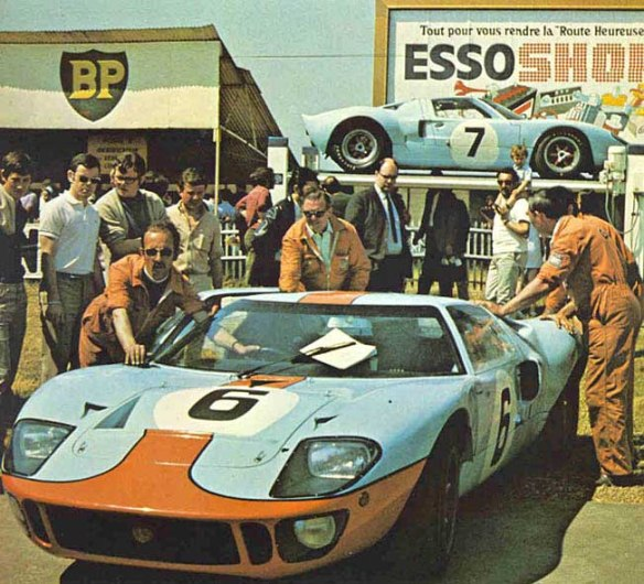 69lm06x Ickx-Oliver Ford GT40