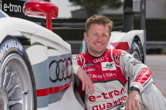 allan-mcnish-and-the-audi-team-prepare-for-the-2013-24-hours-of-le-mans_100430238_l