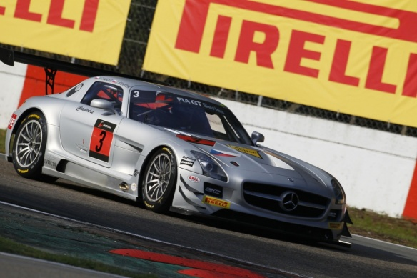 charouz-gravity-racing-mercedes-sls-amg-gt3-stovicek-30690