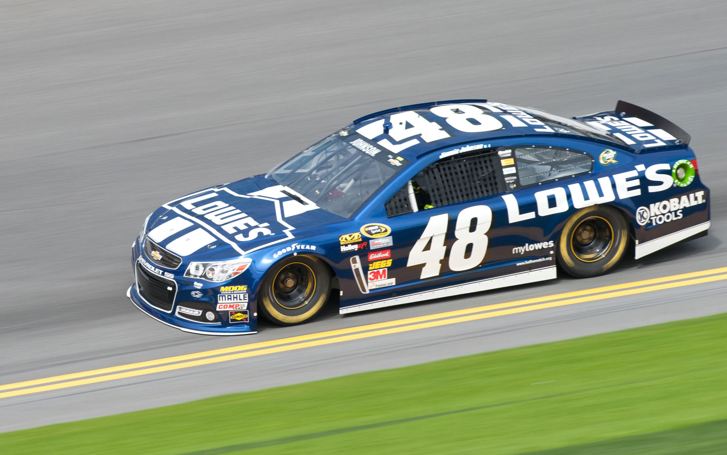 Jimmie-Johnson-Daytona-500-Chevrolet-SS-On-Track