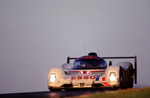 150 - 24 Heures du Mans 1993. Baldi/ Alliot / Jabouille. Peugeot 905. 3?me