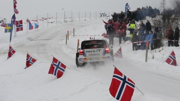 1908_sweden-vw-andreas_mikkelsen-2014_592x333